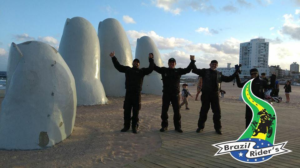 """Monumento """"Los Dedos"""" Punta Del Leste, Uruguai..."""